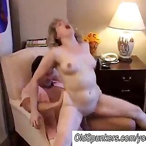 YouPorn - Sexy mature inexperienced loves to fuck