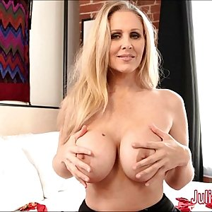 Sexy Mummy Julia Ann is a Stocking Slut!