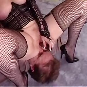 Female domination 3   Pussy-smothering