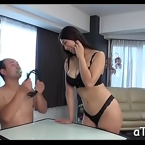 Marvelous japanese with hot boobs amazes with blowbang
