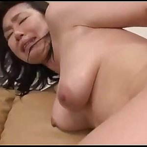Milf Getting Her Hairy Pussy Fucked With Toy Licked Squirting While Frigged By