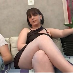 Casting of an amateur french brunette anal fucked
