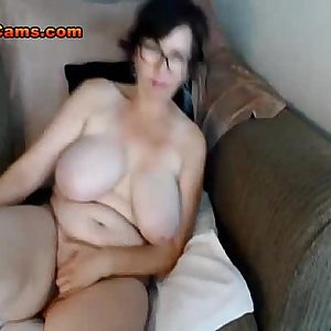 BBW Housewife With Huge Knockers