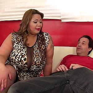 Big titty BBW Miss LingLing rides a shaft